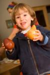 Ari_and_pears